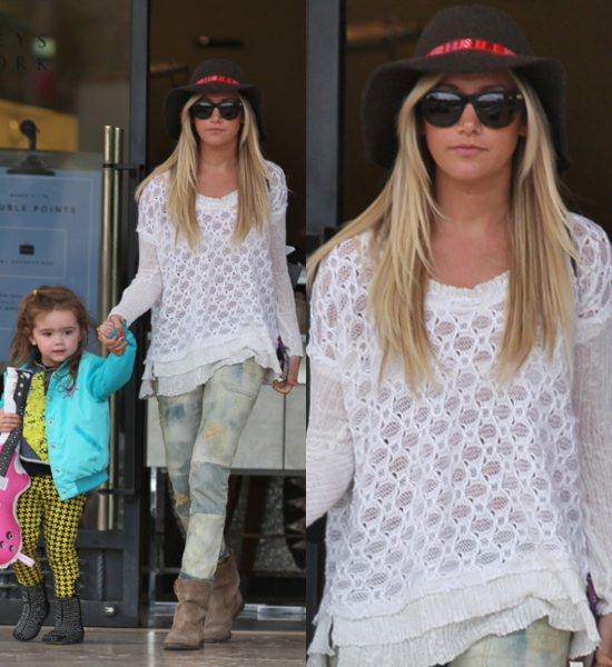 Ashley-Tisdale- seen-with-her- niece-Mikayla- leaving-Barneys- New-York- Featuring-Ashley- Tisdale-Los- Angeles-California-07-Mar-2013-Owen- Beiny